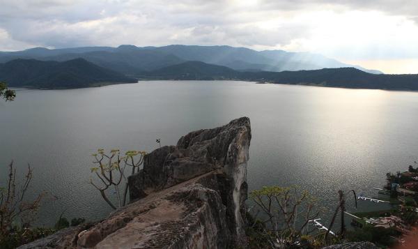 Polarizadas opiniones sobre decretos presidenciales en cuencas hídricas mexicanas